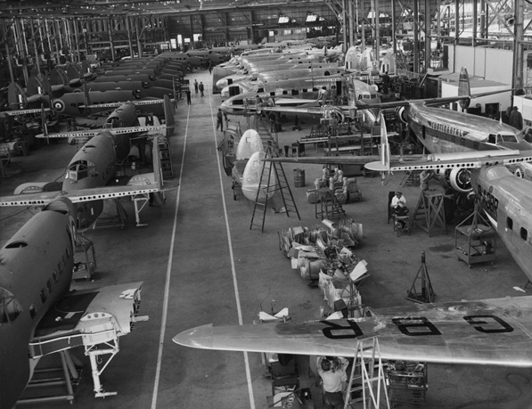 Lockheed assembly plant in Burbank, circa 1940. Courtesy of the Los Angeles Area Chamber of Commerce Collection, USC Libraries.