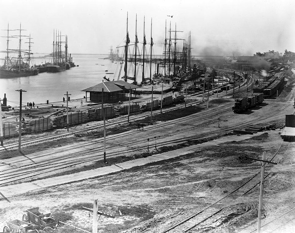 Los Angeles harbor waterfront in 1903. Courtesy of the Title Insurance and Trust / C.C. Pierce Photography Collection, USC Libraries.