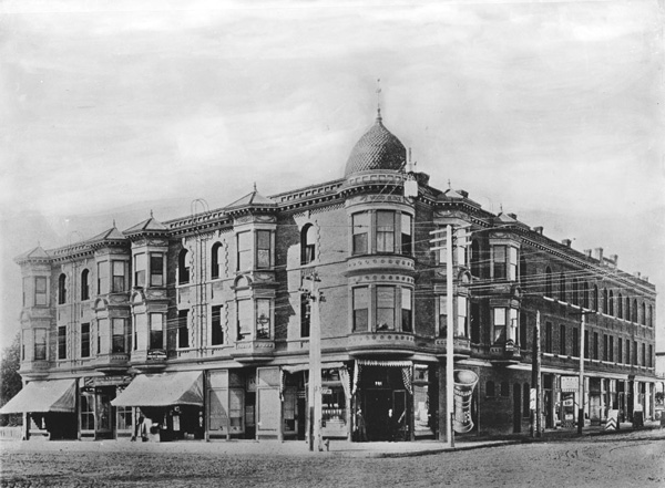 Built in 1893, the Vogel Block once stood at the southwest corner of Seventh and Broadway. Circa 1910 photo courtesy of the Title Insurance and Trust / C.C. Pierce Photography Collection, USC Libraries.