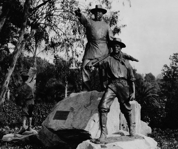 Statue of Harrison Gray Otis, a Civil War veteran and publisher of the Los Angeles Times, in Westlake Park. Courtesy of the USC Libraries, California Historical Society Collection.