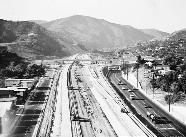 Construction work on the San Diego Freeway just south of Sepulveda Canyon. Courtesy of the Los Angeles Examiner Collection, USC Libraries.