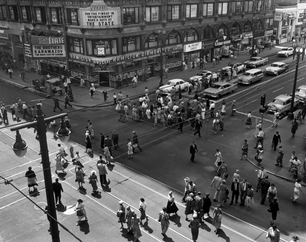 Pedestrians crossing the intersection in 1958. Courtesy of the Los Angeles Examiner Collection, USC Libraries.