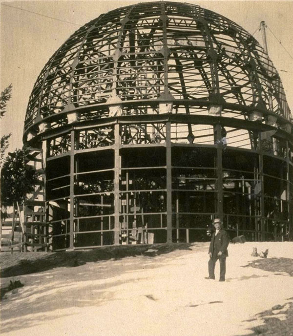 Circa 1904 photo of the Mount Wilson Observatory under construction. Courtesy of the William C. Barry Collection of Los Angeles Area Photography, Bancroft Library, UC Berkeley.