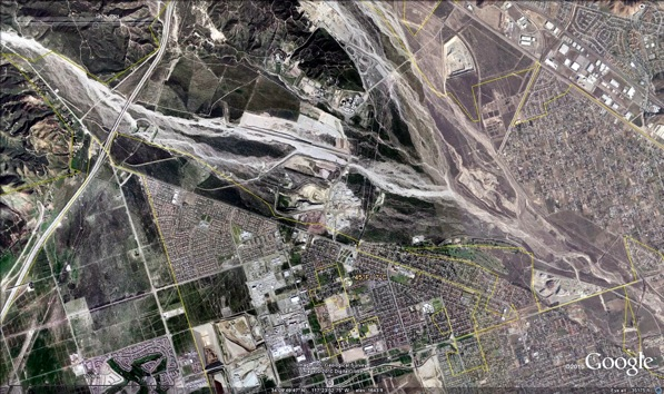January 4th, 2004:The confluence of Lytle (left) and Cajon (right) creeks in San Bernardino