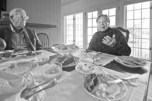 Arthur Littleworth and Justice John Gabbert. | Photo: Douglas McCulloh