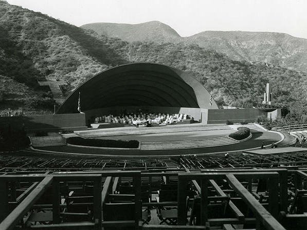 The following year, a new band shell designed by Wright featured concentric elliptical arches. It suffered weather damage that following winter and was discarded. Courtesy of the Hollywood Bowl Museum.