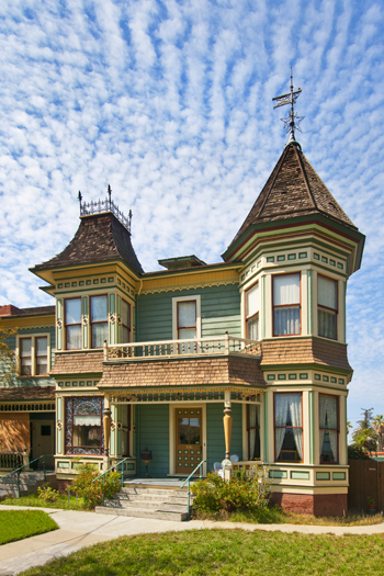 The Wait House, built in 1888, in Riverside, CA | Photo: Douglas McCulloh