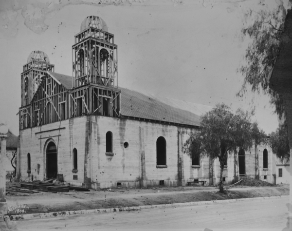 Construction of Our Lady of Guadalupe in 1929, courtesy Riverside Metropolitan Museum