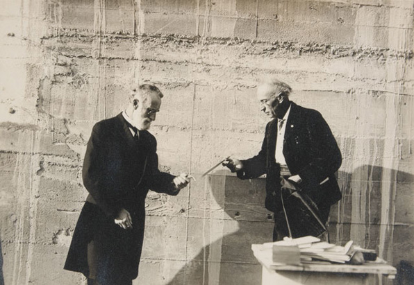 Laying the cornerstone of the Southwest Museum, 1913. Braun Research Library Collection, Autry National Center; S1.33
