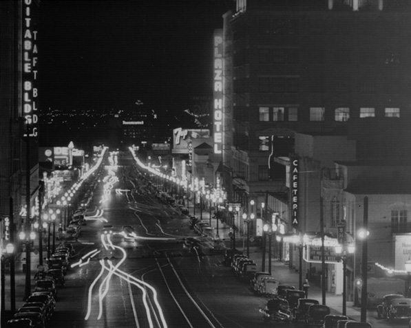 Vine Street in Hollywood at Night. Courtesy of the Dick Whittington Collection, USC Libraries Special Collections