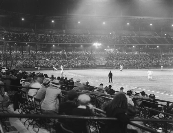 Wrigley Field in Los Angeles. Courtesy of Los Angeles Times Photographic Archive, Department of Special Collections, Charles E. Young Research Library, UCLA.