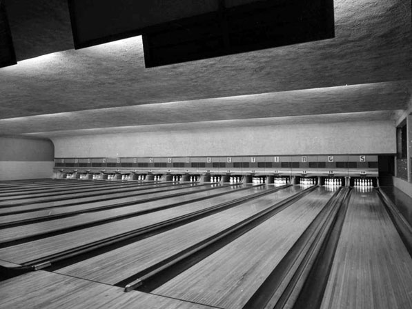Bowling Alley (Call Number: 05 - 53109; Photographer: White, Doug; Date: ND; Description: Bowling alley - Pomona)
