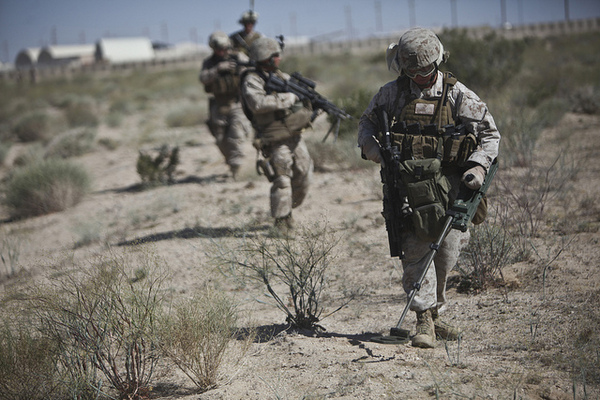 Marines-IED-search-8-8-12-thumb-600x400-33860