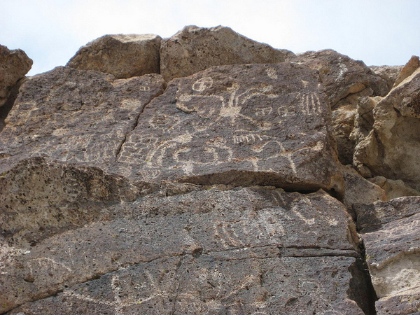 petroglyph2-11-21-12-thumb-600x450-40826