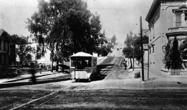 The Second Street Railway extended west from Spring Street to housing subdivisions beyond Bunker Hill. This 1889 view looks west down Second from Broadway. Courtesy of the Photo Collection, Los Angeles Public Library.