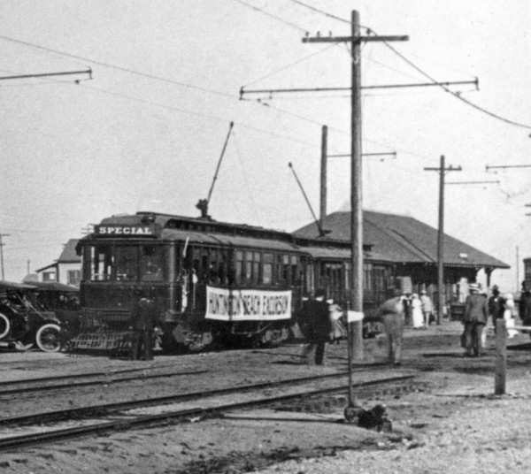 A Pacific Electric excursion car in Huntington Beach, circa 1915. Courtesy of the Orange County Archives.