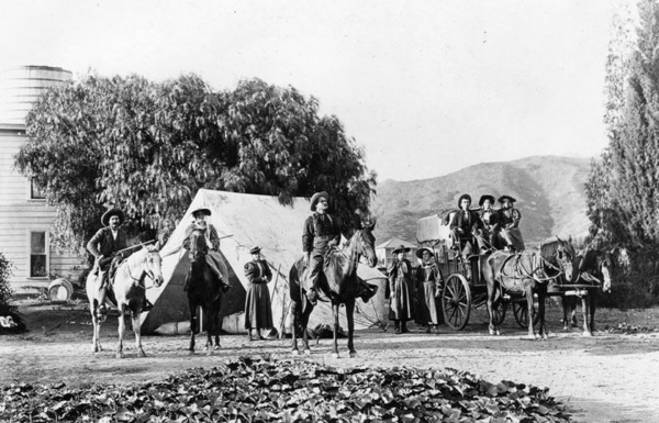Photo of an unrelated hunt near Hollywood, circa 1880s. Courtesy of the Security Pacific National Bank Collection  - Los Angeles Public Library.