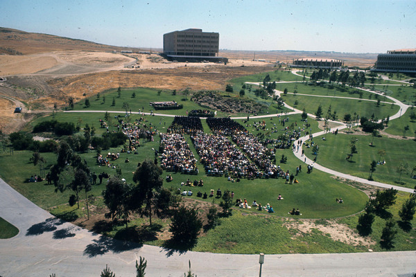 Graduation in UCI's central park, circa 1966. Courtesy of the Special Collections and Archives, UC Irvine Libraries.
