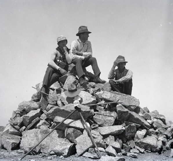 Three Pomona College students atop the summit of Mount Baldy in 1903. Courtesy of the Honnold Mudd Library Special Collections, Boynton Collection of Early Claremont.