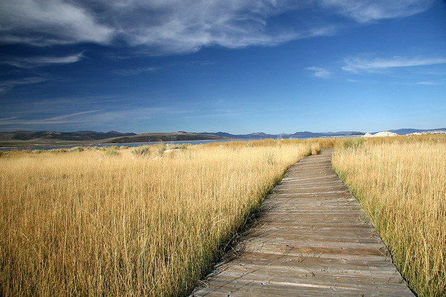 huell-howser-mono-lake