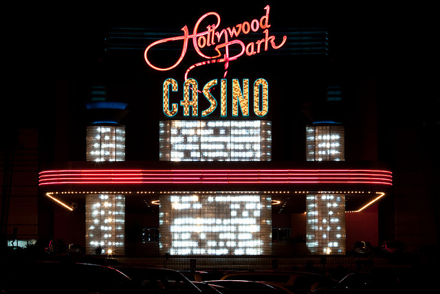 jobs-hollywood-park-casino