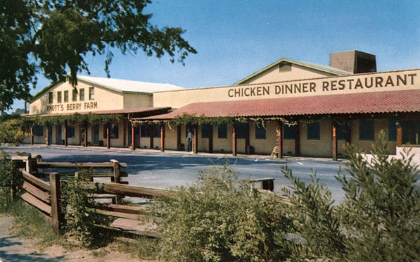 Mrs. Knott's Chicken Dinner Restaurant, circa 1955. Courtesy of the Orange County Archives.
