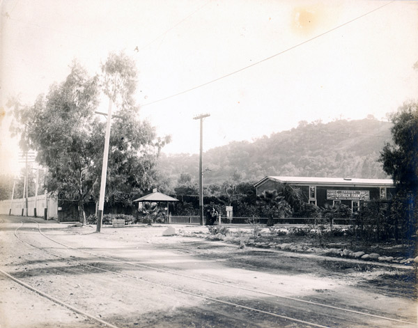 The Cawston Ostrich Farm's location along a Pacific Electric line helped to make it a popular destination for day-trippers. Circa 1920 photo courtesy of the Metro Transportation Library and Archive.