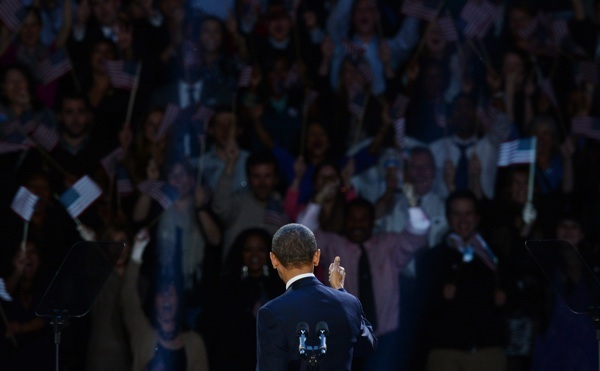 U.S. President Barack Obama gives a thumbs-up after winning the election. | Photo: SAUL LOEB/AFP/Getty Images