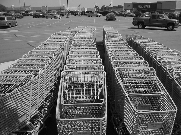 Shopping Carts Await at Wal-Mart | Photo by Daniel Oines via Creative Commons