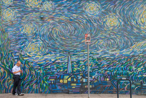 Homage To Starry Night By Cronk (1990) In Venice I Photo By Kevin McShane Part 76