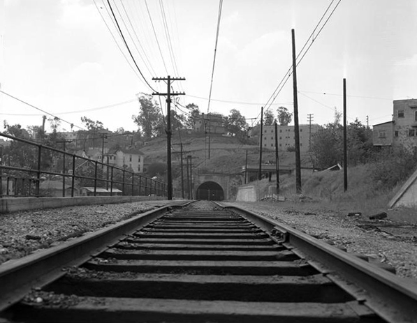 1956 view of the recently shuttered Pacific Electric subway. Courtesy of the Los Angeles Times Photographic Archive. Department of Special Collections, Charles E. Young Research Library, UCLA. Used under a Creative Commons license (CC BY-NC-SA 3.0).