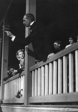 Gifford Pinchot campaigning in Pennsylvania, 1922. | Photo: Courtesy Forest History Society, Durham NC.