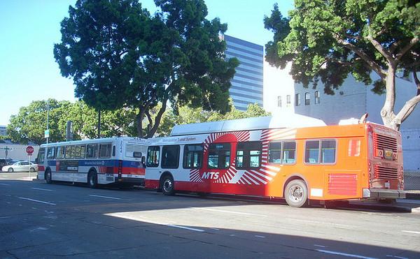 cng-buses-6-13-12-thumb-600x371-30439