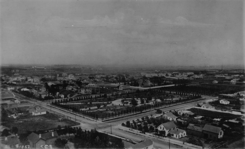 The view from Bellevue Terrace, circa 1880, included the park we now know as Pershing Square. Courtesy of the Photo Collection - Los Angeles Public Library.