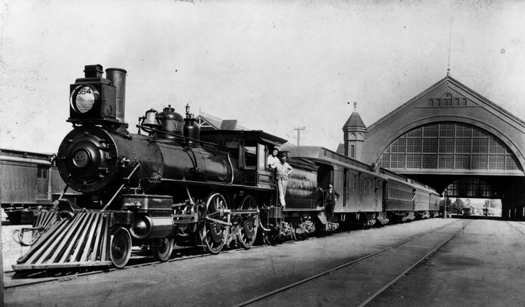Three trains could fit inside the Arcade Station's rail shed. Soot and smoke from the steam locomotives collected inside the building, annoying passengers. Courtesy of the Photo Collection, Los Angeles Public Library.