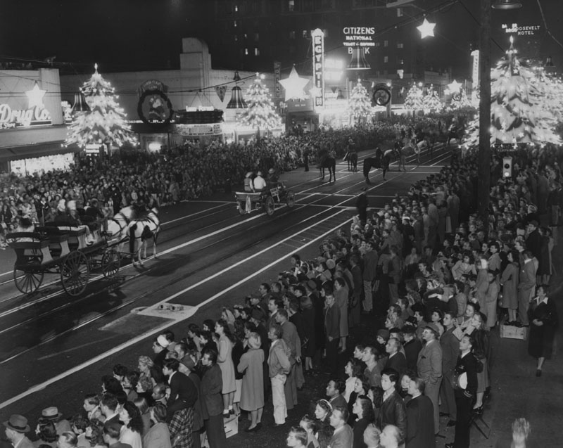Santa Claus Lane Parade in 1945. Courtesy of the Herald-Examiner Collection, Los Angeles Public Library.