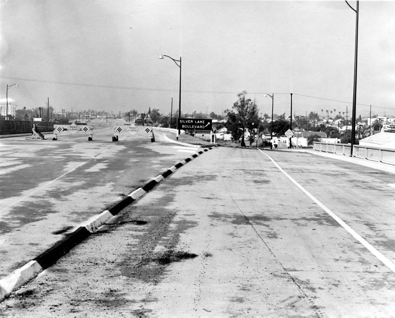 End of freeway at Silver Lake Boulevard