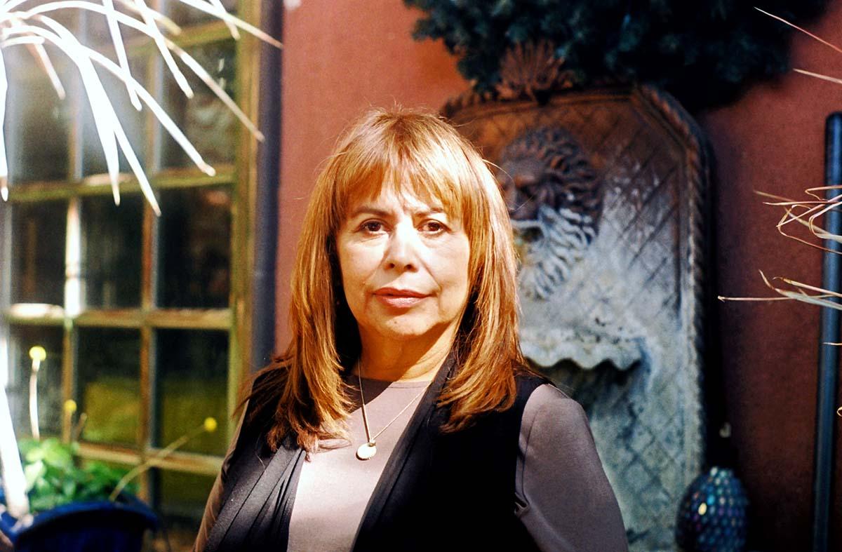 Patssi Valdez | Samanta Helou Hernandez