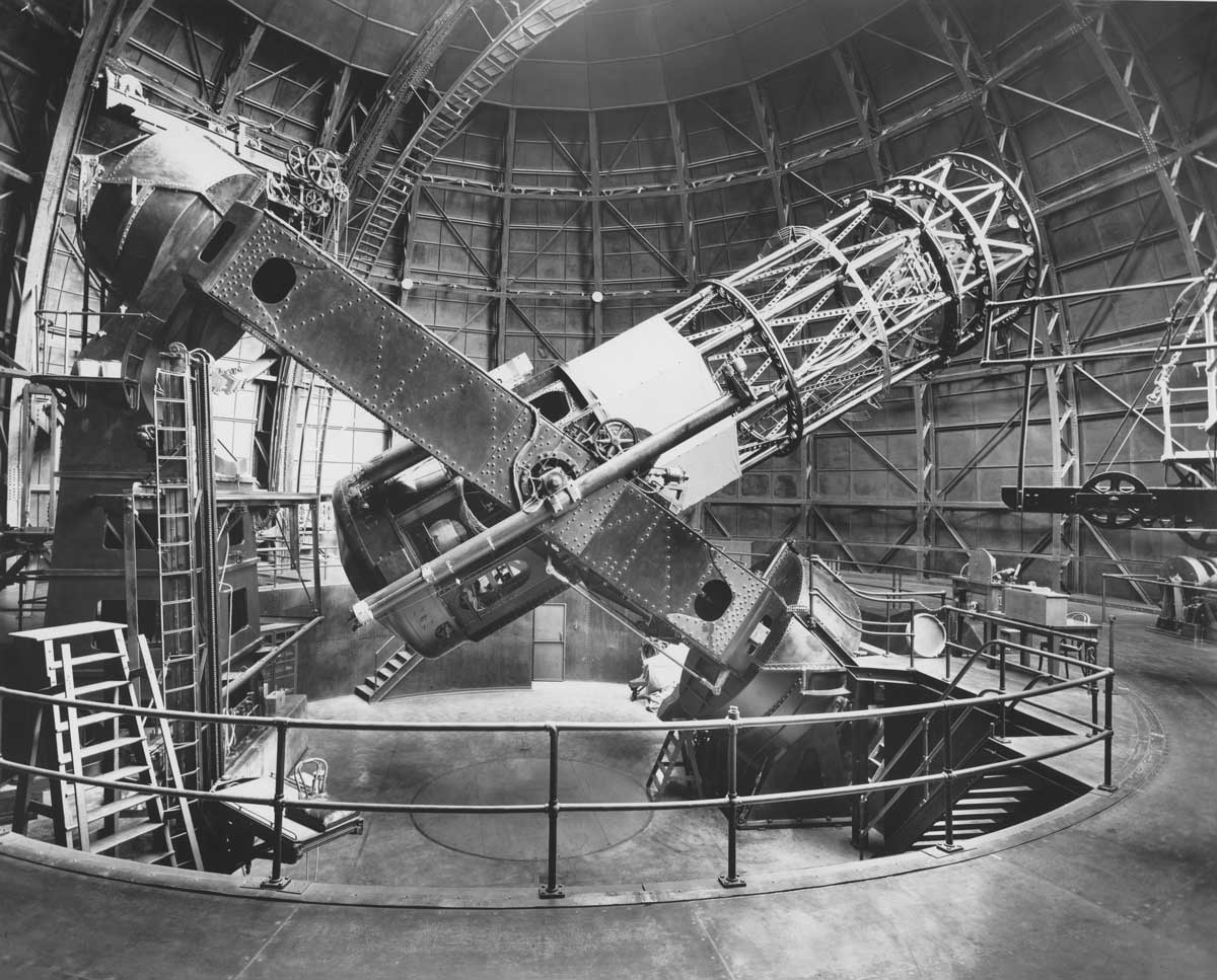 Hooker 100-inch reflecting telescope, Mount Wilson Observatory  |  Image courtesy of the Observatories of the Carnegie Institution for Science Collection at the Huntington Library, San Marino, California