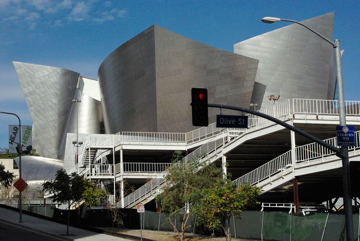 Walt Disney Concert Hall | LenazPic/Flickr