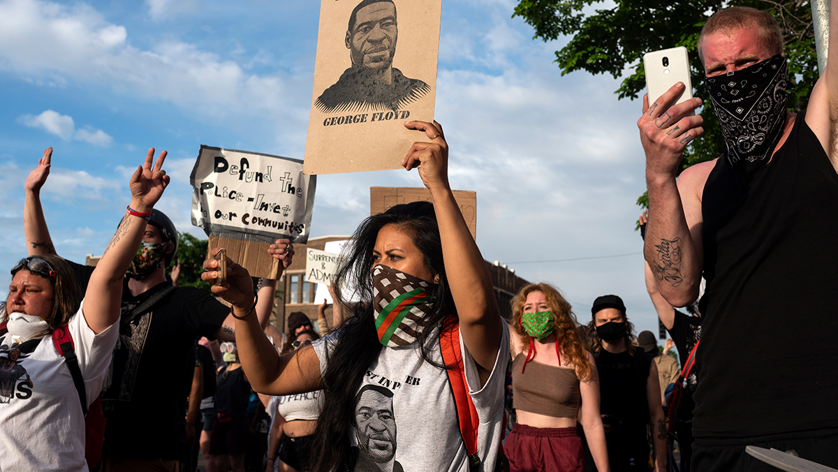 Protesters confront police outside the 3rd Police Precinct on May 27, 2020 in Minneapolis, Minnesota after the George Floyd killing | Stephen Maturen/Getty Images
