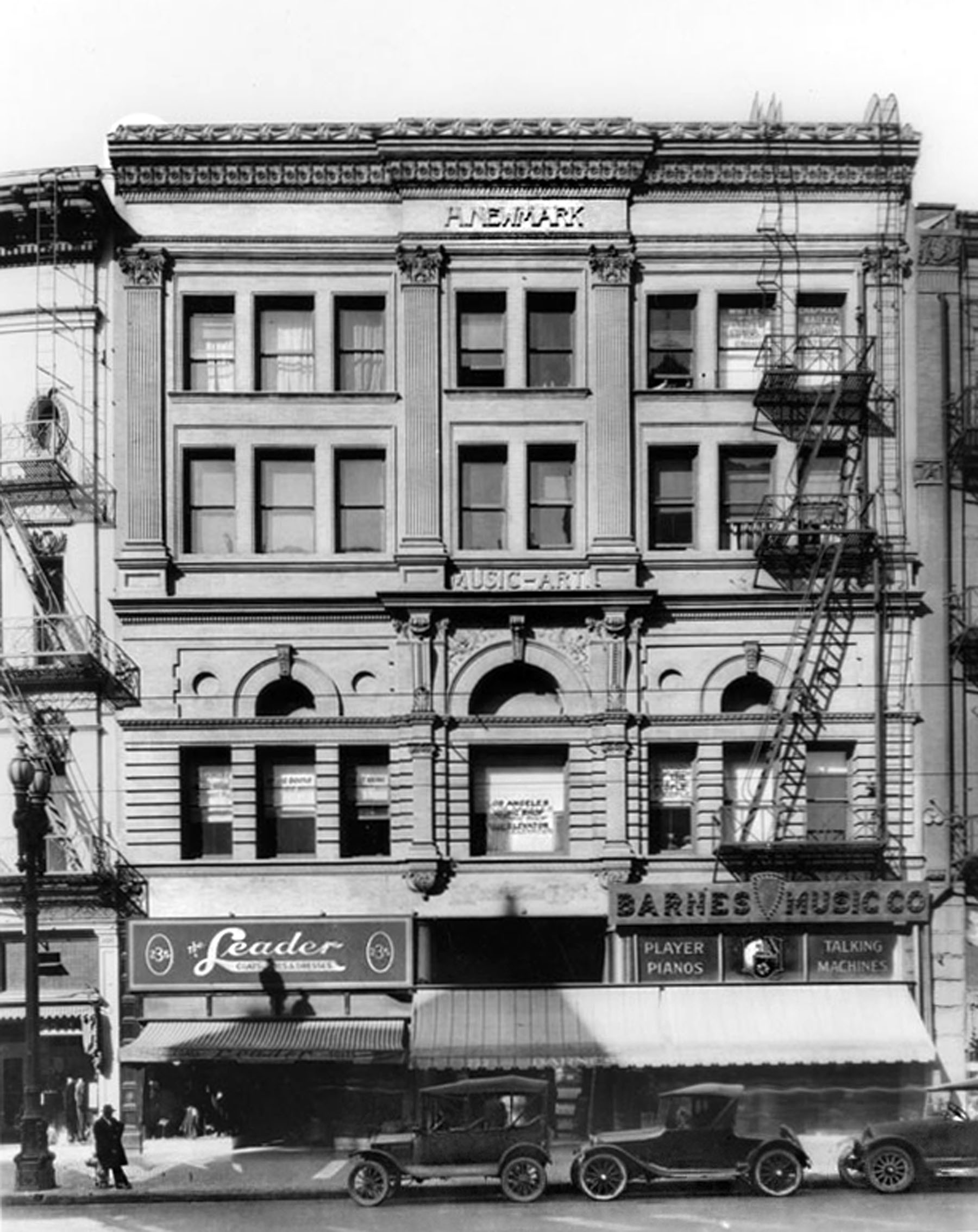 Newmark Building, 1921