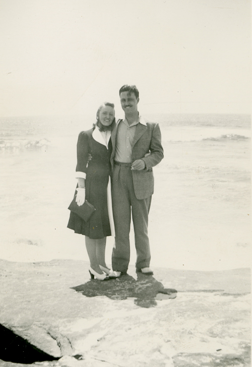 Brian and Edith Heath on the shores of Lake Michigan, 1938. | Courtesy of the Environmental Design Archives at UC Berkeley
