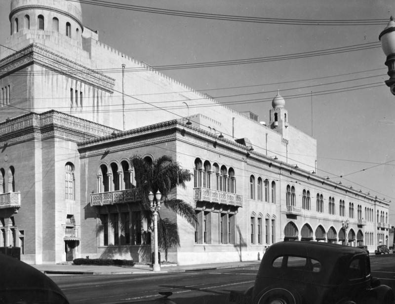 Shrine Civic Auditorium exterior. 1939 | Works Progress Administration Collection, Los Angeles Public Library