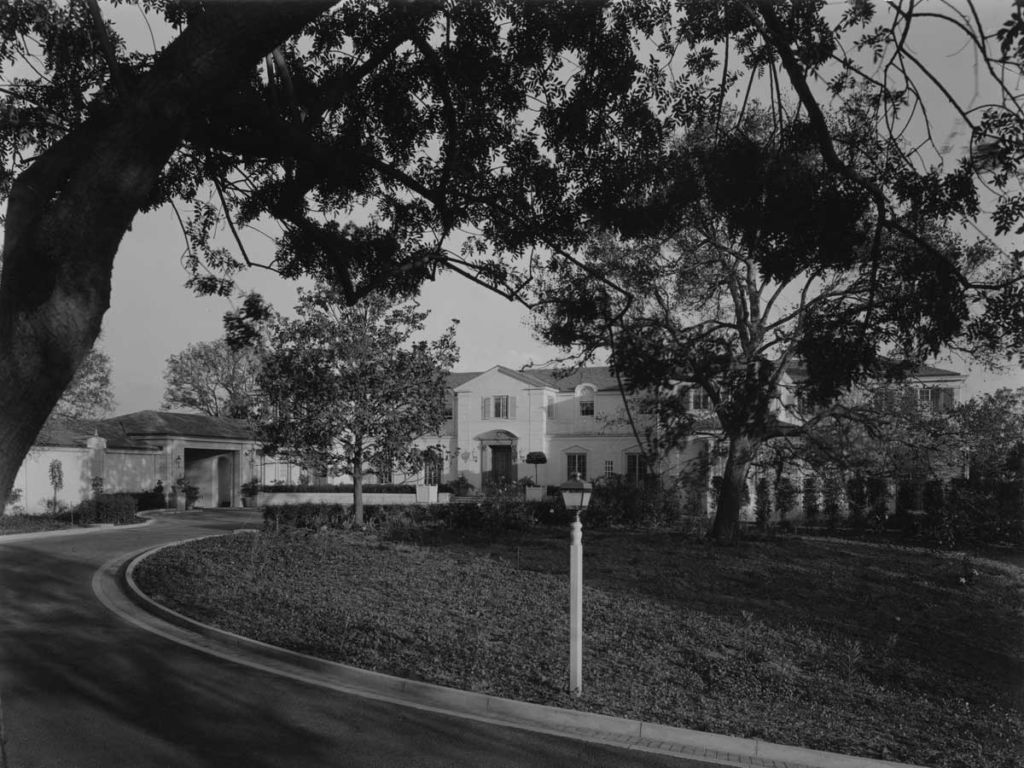 Paley Residence exterior with curving driveway. c. 1938 | Courtesy of California State Library, Mott-Merge Collection