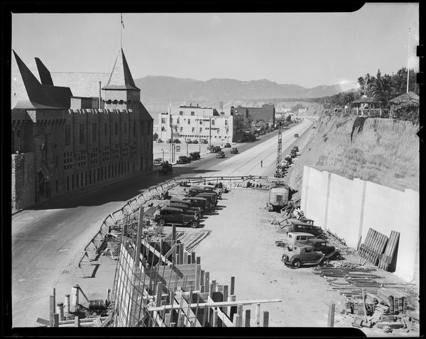 A mid-1930s modernization project on the incline accompanied the widening project along the Roosevelt Highway (PCH).