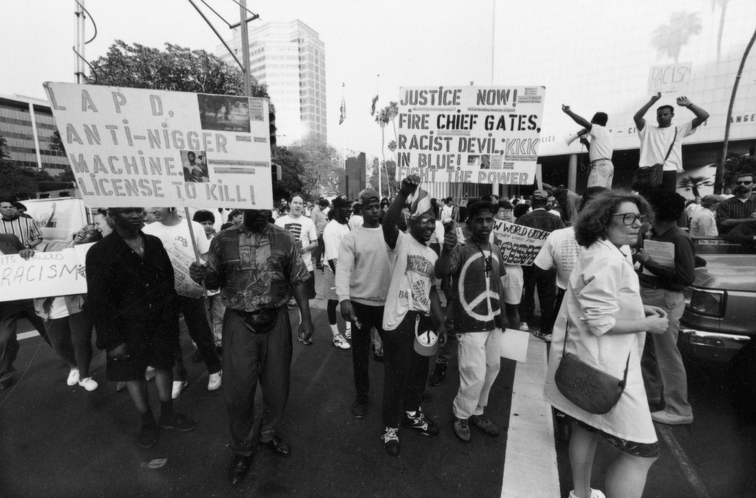 Protesters during 1992 L.A. riots | Courtesy the Gary Leonard Collection/Los Angeles Public Library