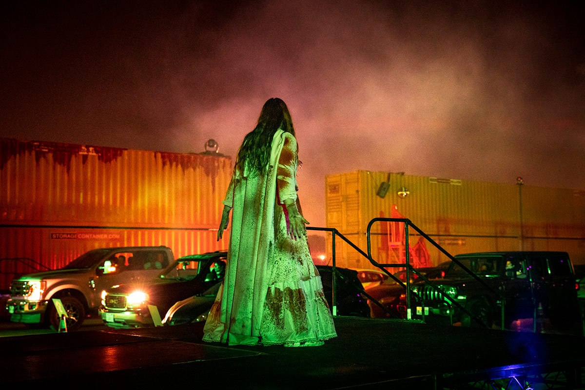 A performer at Urban Legends Haunt. | Stardust Entertainment Group