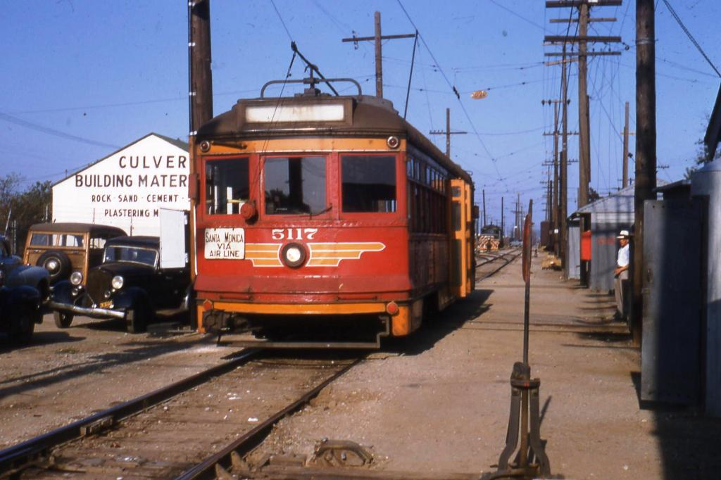 A Santa Monica Air Line car travels west through Culver City at Venice and Robertson. Photo by Alan Weeks, courtesy of the Metro Transportation Library and Archive.