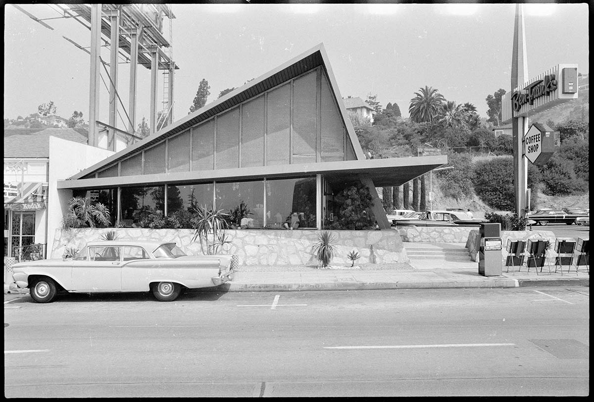 Sunset Blvd. at Londonderry Pl., 1966, Ed Ruscha. | Part of the Streets of Los Angeles Archive, The Getty Research Institute, 2012.M.1. © Ed Ruscha
